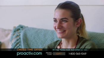 Proactiv Skin Clearing Water Gel TV Spot, 'Refreshing News' - Thumbnail 8