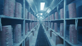 Wendy's Super Bowl 2017 TV Spot, 'Cold Storage' Song by Foreigner - Thumbnail 5