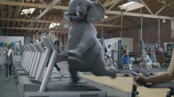 Wonderful Pistachios Super Bowl 2017 TV Spot, 'Ernie Gets Physical' - Thumbnail 5