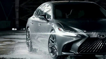 Lexus Super Bowl 2017 TV Spot, 'Man and Machine' Ft. Lil Buck, Song by Sia - Thumbnail 10