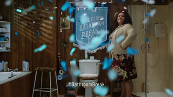 Febreze Super Bowl 2017 TV Spot, 'Halftime Bathroom Break Is Coming' - Thumbnail 10