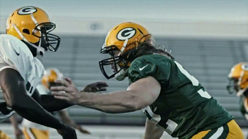Microsoft Surface TV Spot, 'Clap Your Hands' Featuring Clay Matthews