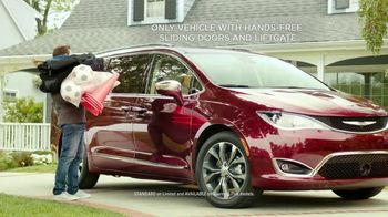 2017 Chrysler Pacifica TV Spot, 'This Guy or That Guy: Forfeit: Innovative' [T1] - 3 commercial airings