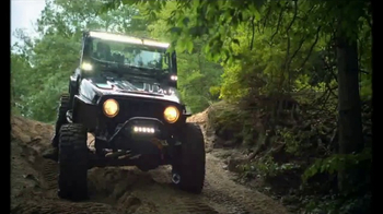 Summit Racing Equipment TV Spot, 'Equipar tu auto' [Spanish] - Thumbnail 4