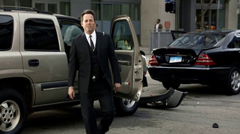 Allstate TV Spot, 'ESPN: March Mayhem' Featuring Dean Winters - Thumbnail 7