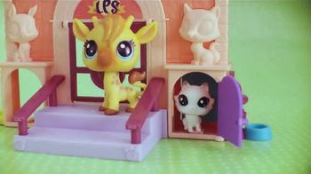 Littlest Pet Shop Splash Park Party and Sweet School Day TV Spot, 'More Pets, More Fun'