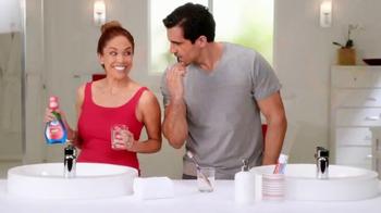 Colgate Advanced Health Mouthwash TV Spot, 'Enjuage bucal' [Spanish] - Thumbnail 2