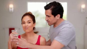 Colgate Advanced Health Mouthwash TV Spot, 'Enjuage bucal' [Spanish] - Thumbnail 3