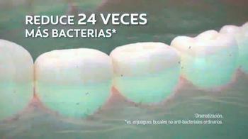 Colgate Advanced Health Mouthwash TV Spot, 'Enjuage bucal' [Spanish] - Thumbnail 4