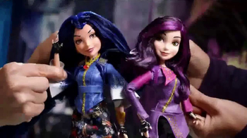 Disney Descendants Signature Dolls TV Spot, 'You Are Who You Choose to Be' - Thumbnail 3