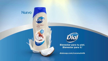 Dial Coconut Milk Body Wash TV Spot, 'Acércate' [Spanish] - Thumbnail 9