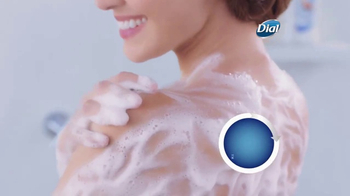 Dial Coconut Milk Body Wash TV Spot, 'Acércate' [Spanish] - Thumbnail 5