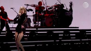 AT&T Taylor Swift NOW TV Spot, 'Super Saturday Night Show' - Thumbnail 1