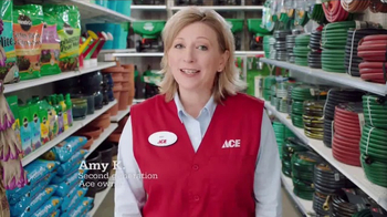 ACE Hardware Scotts Days TV Spot, 'Lawn and Garden' - Thumbnail 3
