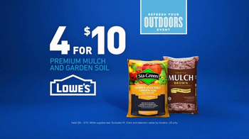 Lowe's Refresh Your Outdoors Event TV Spot, 'The Moment: Premium Mulch' - Thumbnail 7