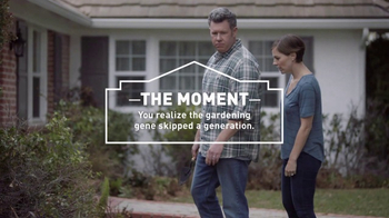 Lowe's Refresh Your Outdoors Event TV Spot, 'The Moment: Premium Mulch'