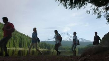 Columbia Sportswear TV Spot, 'Room Change' - Thumbnail 5