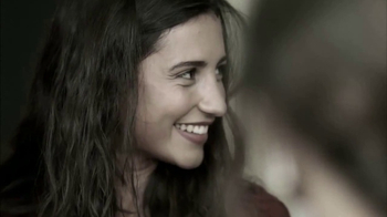 Bio Oil TV Spot, 'Pequeña cicatriz' [Spanish] - Thumbnail 4