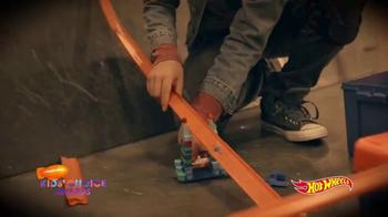 Hot Wheels TV Spot, 'Nickelodeon: Mace Coronel Builds the Epic Stunt' - Thumbnail 4
