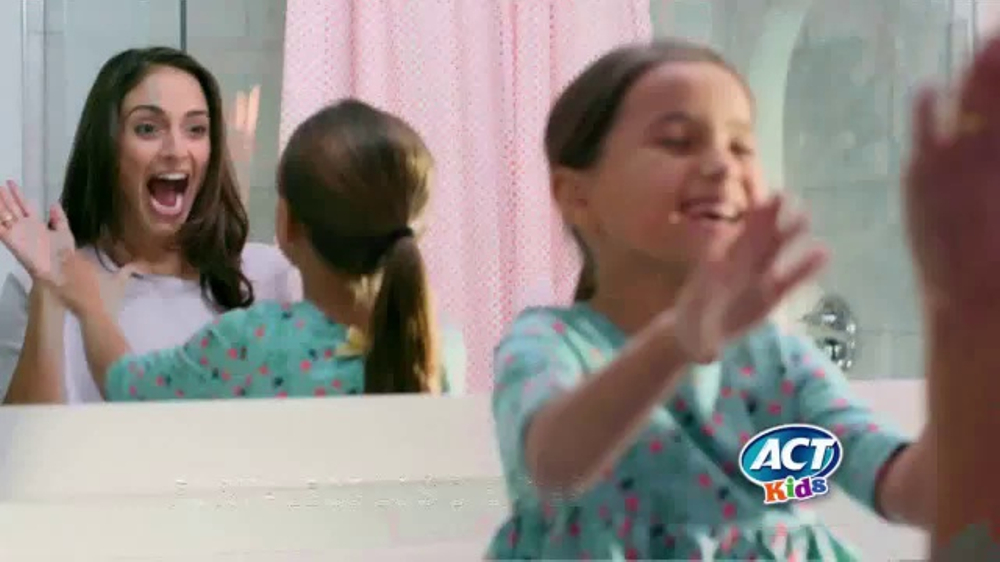 ACT Kids Toothpaste TV Commercial, 'Una cosa m??s f??cil'