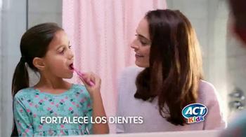 ACT Kids Toothpaste TV Spot, 'Una cosa más fácil' [Spanish] - Thumbnail 2