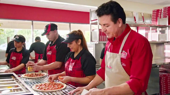 Papa John's 2 Topping Pizzas TV Spot, 'Un toque familiar' [Spanish] - 114 commercial airings