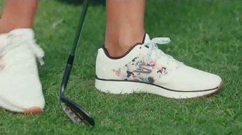 SKECHERS TV Spot, 'Style and Comfort' - Thumbnail 3