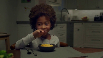 Kraft Macaroni & Cheese TV Spot, \'Swing\'