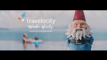 Travelocity TV Spot, 'Resort Bar' - Thumbnail 10