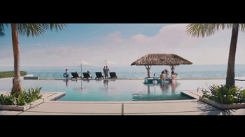 Travelocity TV Spot, 'Resort Bar' - Thumbnail 2