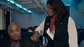 Capital One TV Spot, 'This Is March Madness: Ringtone' Feat. Gloria Gaynor - Thumbnail 6