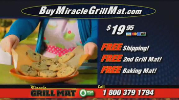 Miracle Grill Mat TV Spot, 'Eliminate Cleanup' Featuring Marc Gill - Thumbnail 9