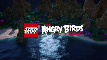 LEGO Angry Birds TV Spot, 'Piggy Pirate Ship' - Thumbnail 1