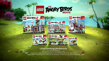 LEGO Angry Birds TV Spot, 'Piggy Pirate Ship' - Thumbnail 3