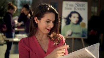 Zaxby's Zensation Zalad TV Spot, 'Author' - Thumbnail 6