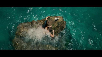The Shallows - Thumbnail 2