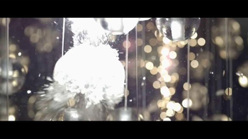 Giorgio Armani Code Profumo TV Spot, 'La fiesta' con Chris Pine [Spanish] - Thumbnail 7