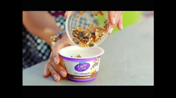 Dannon Light & Fit Greek Crunch TV Spot, 'Jane's Treat' - Thumbnail 3
