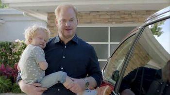 2017 Chrysler Pacifica TV Spot, 'Good For Your Dad Brand' Ft. Jim Gaffigan
