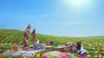 Target TV Spot, 'Go Fly a Kite, TargetStyle' Song by DJ Cassidy - Thumbnail 6