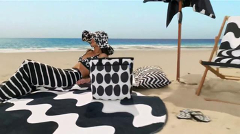 Target TV Spot, 'Surf's Up, TargetStyle' Song by DJ Cassidy - Thumbnail 4