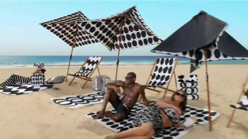 Target TV Spot, 'Surf's Up, TargetStyle' Song by DJ Cassidy - Thumbnail 6