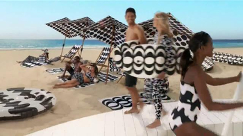 Target TV Spot, 'Surf's Up, TargetStyle' Song by DJ Cassidy - Thumbnail 8