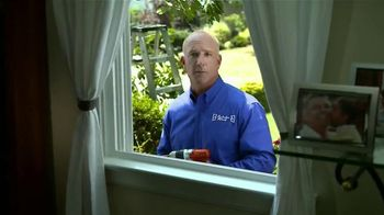 Window World TV Spot, 'A Helping Hand'