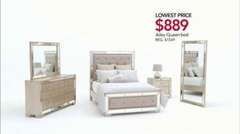 Macy's Spring Furniture Sale TV Spot, 'Sectionals' - Thumbnail 5