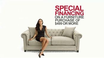 Macy's Spring Furniture Sale TV Spot, 'Sectionals' - Thumbnail 8