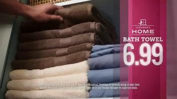 JCPenney TV Spot, 'Family Activewear' - Thumbnail 5