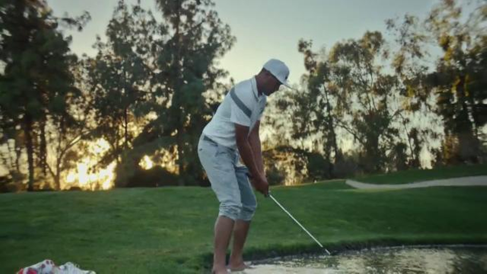 Nike Golf TV Commercial, 'Enjoy the Chase: Barefoot' Featuring Tony Finau
