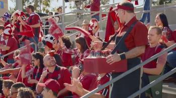 Redd's Apple Ale TV Spot, 'Domino Effect' - Thumbnail 4