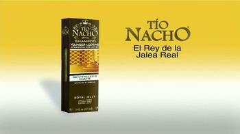 Tío Nacho Younger Looking Shampoo TV Spot, 'El médico' [Spanish] - Thumbnail 10